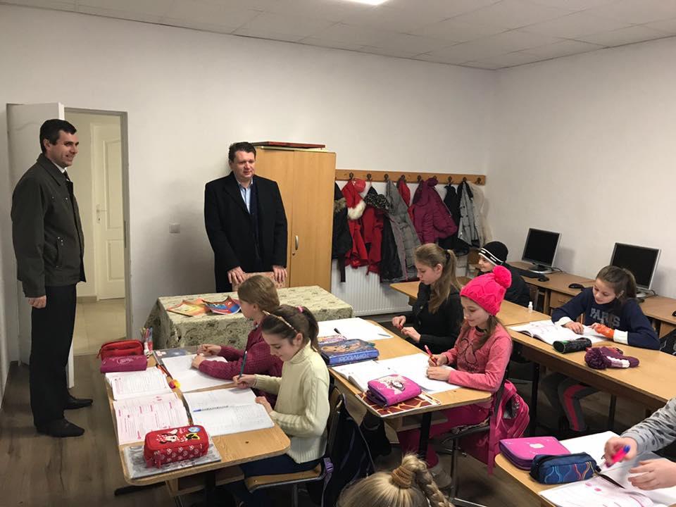 69 de copii învață într-o locație nouă la Răhău