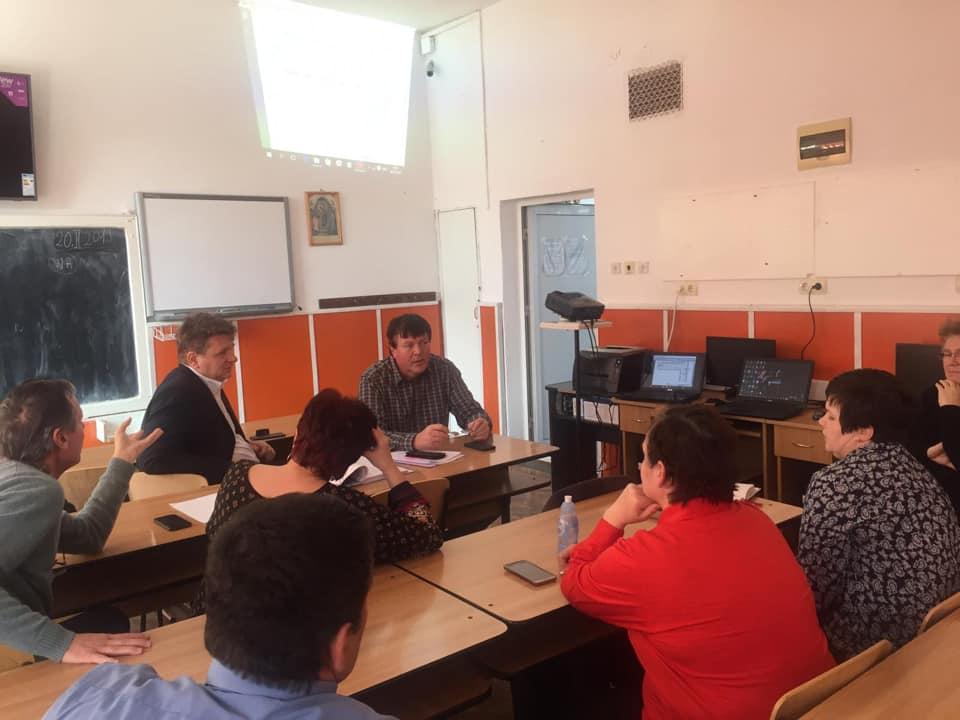 Primarul Dorin Nistor susține un proiect pilot de modernizare a instalațiilor electrice în școlile din Sebeș