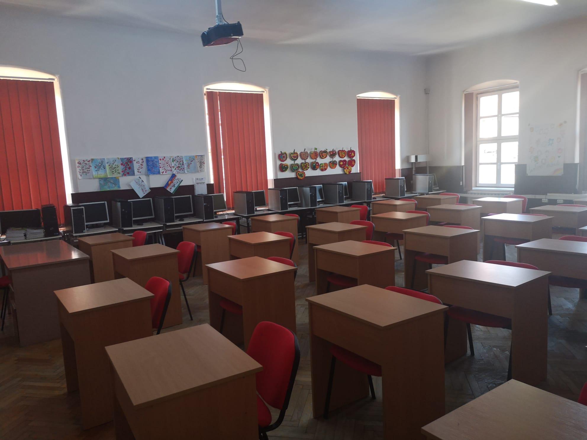 Sebeș: Peste 5.500 de elevi și preșcolari vor începe școala. Primăria are proiecte importante pentru educație